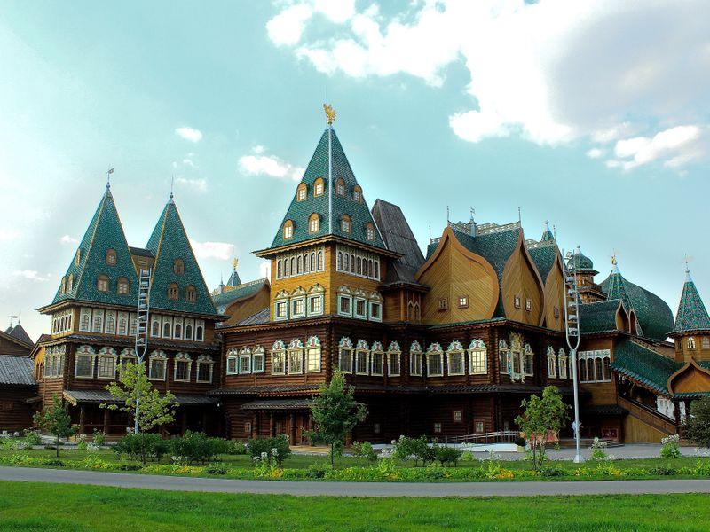 Экскурсия: В гостях у царя Алексея Михайловича в Коломенском