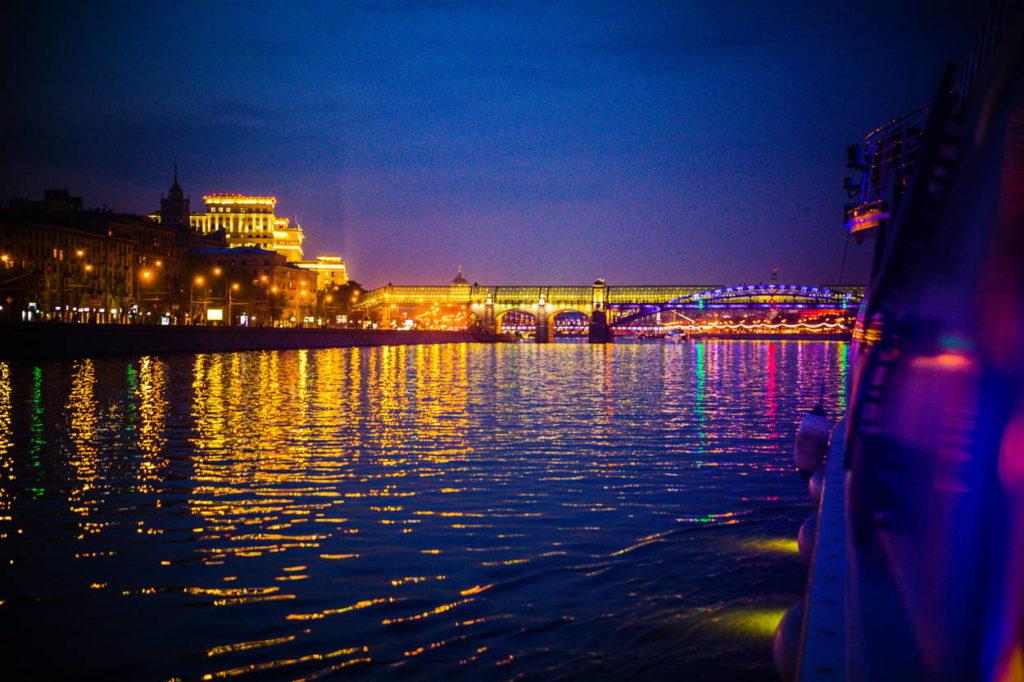Экскурсия: Royal круиз по Москве реке на теплоходе-ресторане